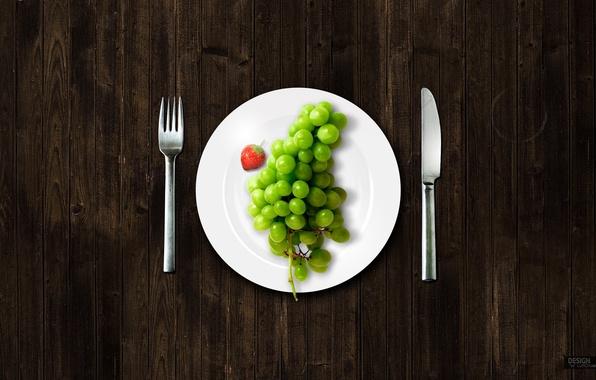 Картинка тарелка, виноград, вилка, ножик