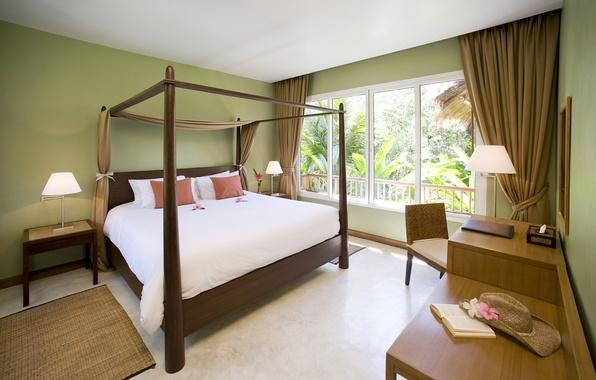 Картинка стол, кровать, шляпа, окно, подушка, спальня