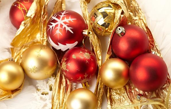 Картинка шарики, украшения, шары, узоры, игрушки, Новый Год, Рождество, красные, Christmas, золотые, праздники, New Year, елочные