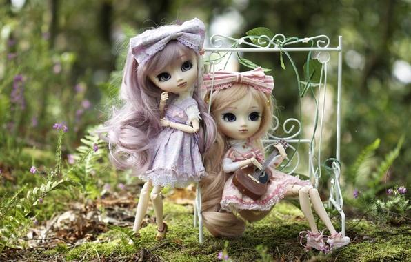 Картинка природа, качели, девочки, игрушки, гитара, куклы