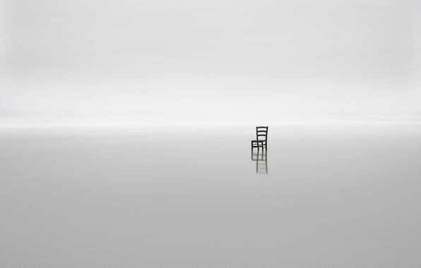 Картинка море, туман, минимализм, стул