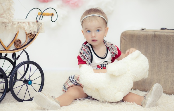 Картинка дети, игры, игрушки, девочка, коляска, ребёнок