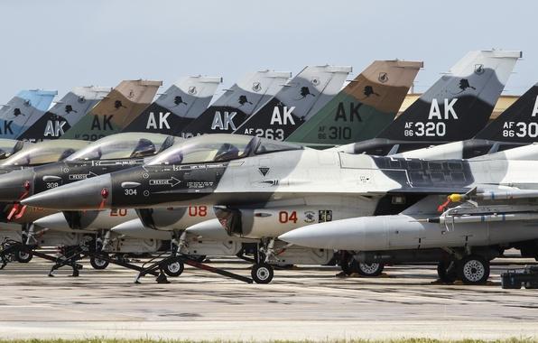 Картинка истребители, аэродром, F-16, Fighting Falcon