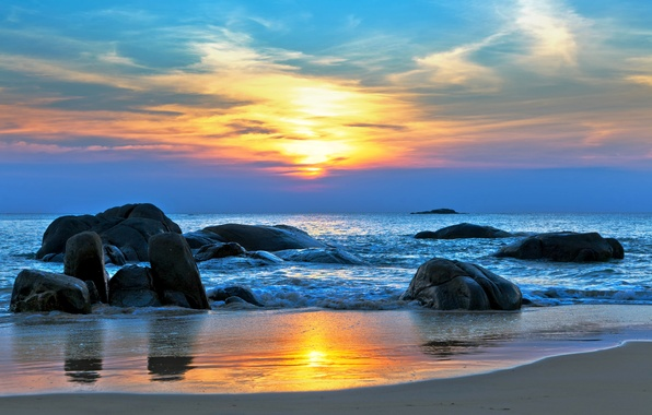 Картинка песок, море, закат, камни, берег, горизонт