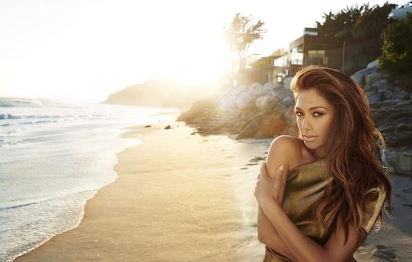 Картинка песок, пляж, Nicole Scherzinger, певица, Николь Шерзингер, знаменитость