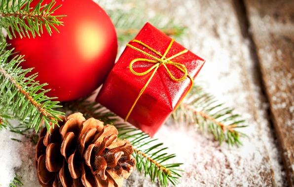 Картинка зима, украшения, красный, игрушка, ель, ветка, шарик, Новый Год, Рождество, шишка, Christmas, праздники, New Year, …