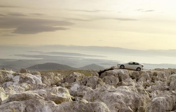 Картинка белый, небо, пейзаж, горы, скалы, mercedes, мерседес, sea, ocean, photo, water, mountains, rocks