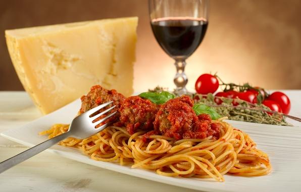 Картинка вино, еда, сыр, помидоры, wine, tomatoes, cheese, паста, meal, pasta