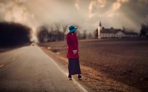 Картинка девушка, церковь, обочина, пашня, дорога, размытие, шляпка