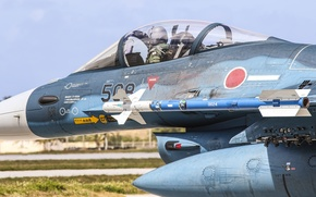 Обои истребитель-бомбардировщик, F-2A, кабина, Mitsubishi, пилот