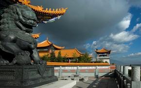 Обои небо, облака, дракон, дома, Китай, скульптура