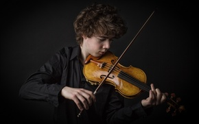 Картинка музыка, скрипка, парень