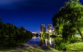 Картинка небо, ночь, город, парк, река, дерево, вечер