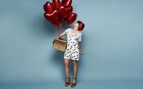 Картинка девушка, поза, воздушные шары