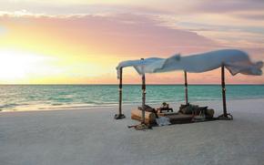 Картинка пляж, океан, вино, романтика, вечер, постель