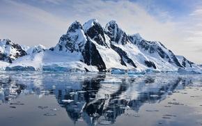 Картинка небо, вода, снег, отражение, скалы, лёд