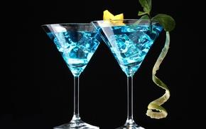 Обои лед, бокалы, черный фон, напиток, карамбола, коктейль, мята