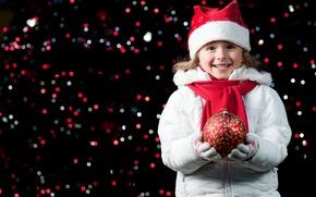 Картинка радость, счастье, ночь, огни, улыбка, настроение, праздник, шапка, новый год, шар, ребенок, девочка, перчатки, new ...
