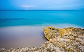 Обои море, утро, вода, небо, скалы, пляж