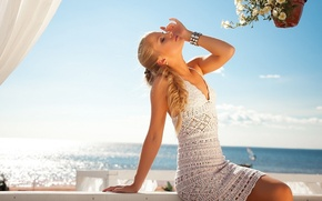 Картинка девушка, блондинка, красивая, girl relaxing in vacation