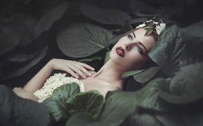 Картинка листья, украшения, green, портрет, макияж, lips, Joanna Sośnicka