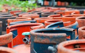 Картинка colors, metal, rust, metal bottles, gas pipes