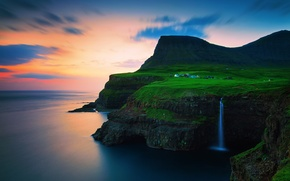 Картинка небо, облака, закат, горы, скалы, водопад, вечер, деревушка, на краю, Атлантический океан, Фарерские острова, Королевство …