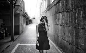 Картинка девушка, город, отчаяние, платье, girl, походка
