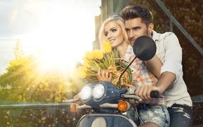 Картинка девушка, цветы, пара, тюльпаны, мужчина, скутер