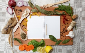 Обои укроп, лимон, карандаш, перчик, лопатки, тетрадь, лавровый лист, лук, чеснок, ложка, макароны, морковь