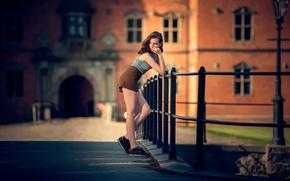 Картинка девушка, город, шорты, ножки, боке, Julie, Neatwork Photo