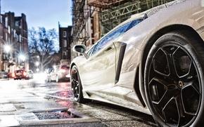 Картинка дорога, капли, улица, Lamborghini, фонари, белая, шины, supercar, 2012, литьё, Aventador, lp700-4, pirelli, ламборгини авентадор