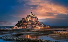 Картинка город, Франция, Нормандия, Мон-Сен-Мишель, гора Архангела Михаила, остров-крепость