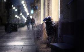 Обои зима, снег, дети, дом, улица, ребенок, мальчик, окно