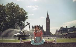 Картинка девушка, город, Лондон, шпагат, растяжка, Marine Fauvet