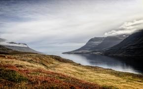 Картинка утро, горы, туман, озеро, небо, трава, осень, облака