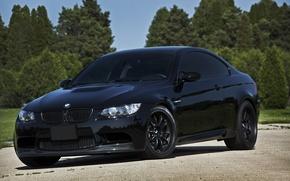 Картинка облака, деревья, отражение, чёрный, бмв, BMW, black