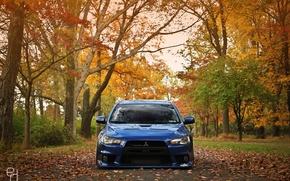 Обои дорога, осень, синий, листва, тюнинг, Mitsubishi, Evo X, Lancer, blue, autumn, занижение, дроп