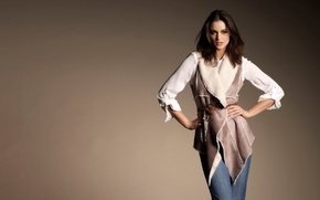 Картинка взгляд, поза, модель, джинсы, ремень, Lauren Budd