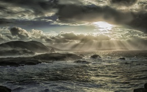 Картинка море, лучи, тучи