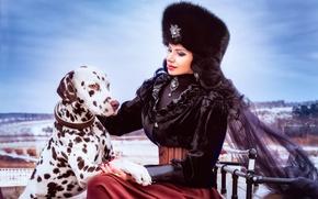 Картинка девушка, шапка, собака, брюнетка, наряд, далматинец, меха