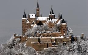 Обои зима, иней, снег, город, замок, гора, Германия, Germany, Castle, Гогенцоллерн, Burg Hohenzollern, Штутгарт, in Winter, ...
