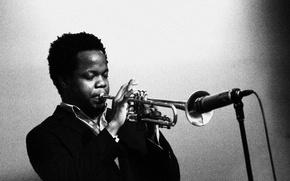 Картинка музыка, джаз, труба, микрофон, музыкант, джазовый музыкант, трубача, Ambrose Akinmusire
