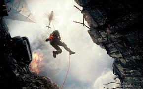 Картинка огонь, спуск, дым, вертолет, разруха, пилот, трос, снаряжение, Дуэйн Джонсон, Dwayne Johnson, San Andreas, Разлом …