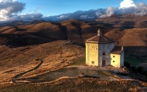 Обои холмы, Италия, церковь, Абруццо