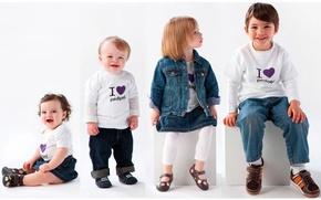 Картинка глаза, дети, поза, одежда, рот, мальчик, руки, нос, лица, девочка, наряд, ножки, малыши, улыбки, весёлые, ...