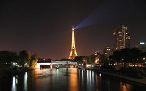 Картинка ночь, огни, река, Франция, Париж, башня, дома, Сена