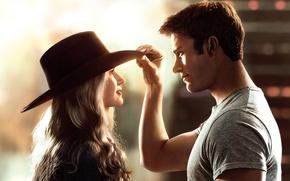 Обои шляпа, Бритт Робертсон, Britt Robertson, The Longest Ride, Дальняя дорога, мелодрама, Scott Eastwood, Скотт Иствуд