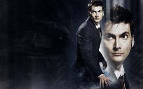 Картинка взгляд, фон, костюм, актер, мужчина, Doctor Who, Доктор Кто, BBC, David Tennant, Дэвид Теннант, Десятый …