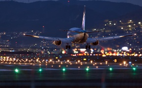 Обои airbus, самолёт, аэропорт, ночь, огни